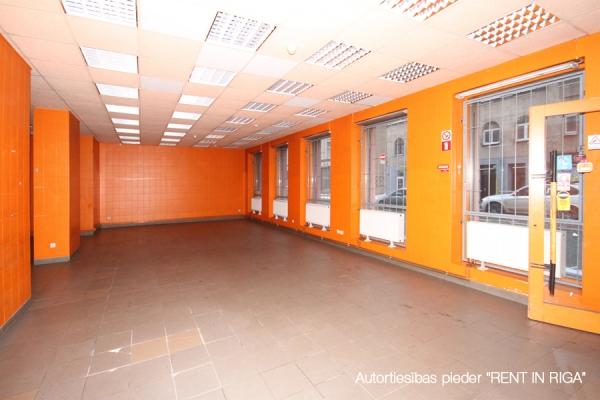 Iznomā tirdzniecības telpas, Aleksandra Čaka iela - Attēls 1