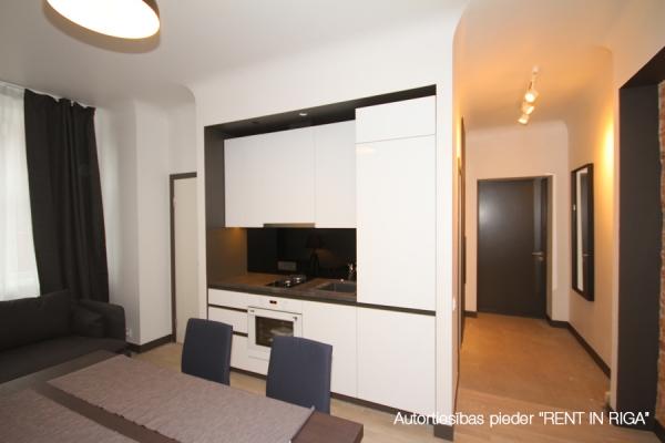 Pārdod dzīvokli, Aleksandra Čaka iela 136 - Attēls 4