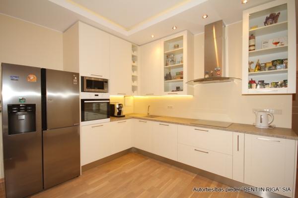 Apartment for rent, Raiņa bulvāris 31 - Image 2