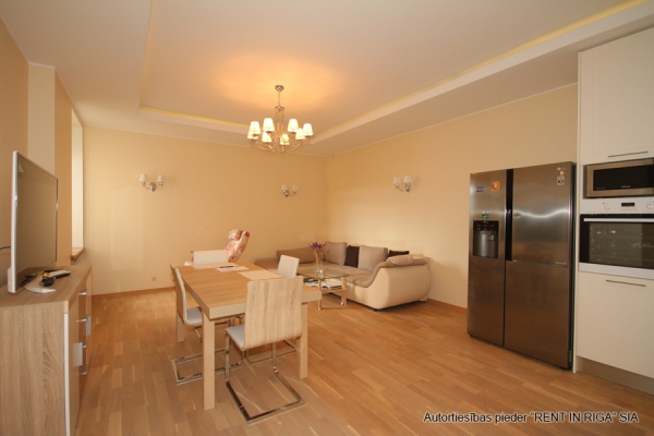 Apartment for rent, Raiņa bulvāris 31 - Image 3