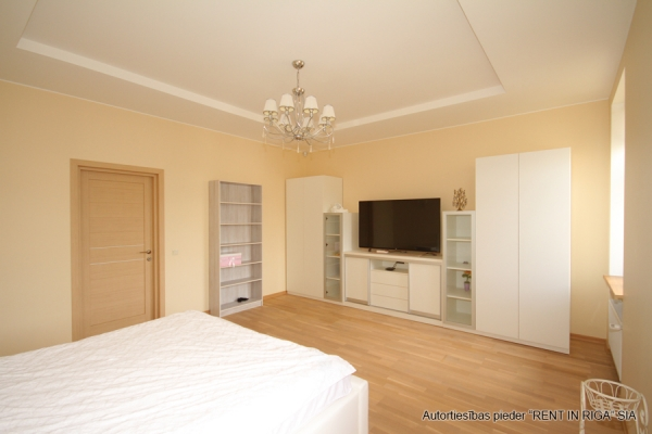 Apartment for rent, Raiņa bulvāris 31 - Image 4