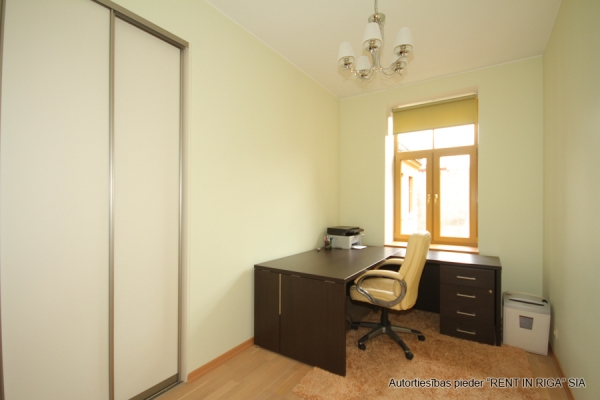 Apartment for rent, Raiņa bulvāris 31 - Image 8