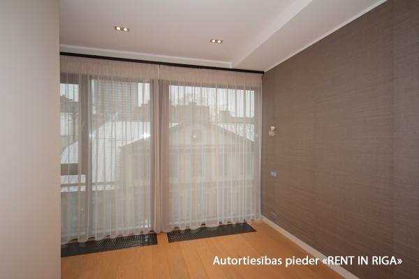 Продают квартиру, улица Lāčplēša iela 11 - Изображение 2