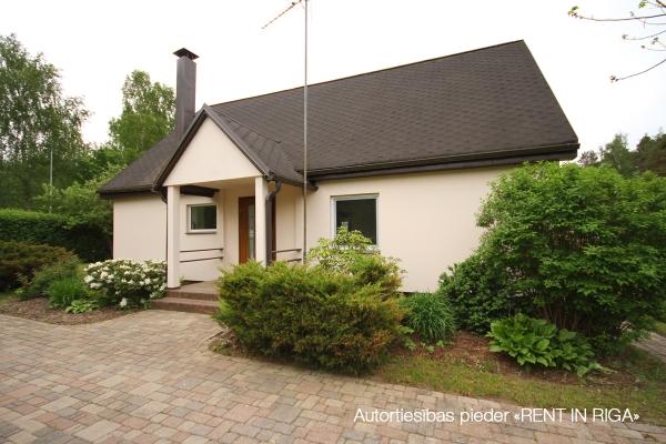 Pārdod māju, Kļavu iela - Attēls 27