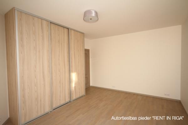 Pārdod dzīvokli, Staraja Rusas iela 8 - Attēls 8