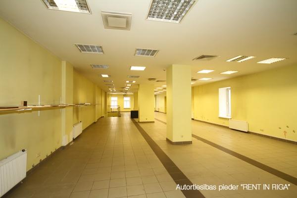 Pārdod biroju, Čaka iela - Attēls 3