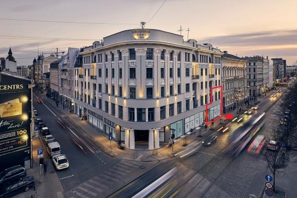 Retail premises for sale, Barona street - Image 1