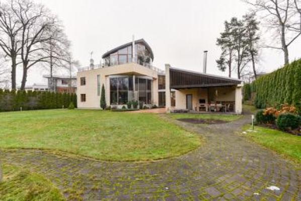 Pārdod māju, Brēmenes iela - Attēls 2