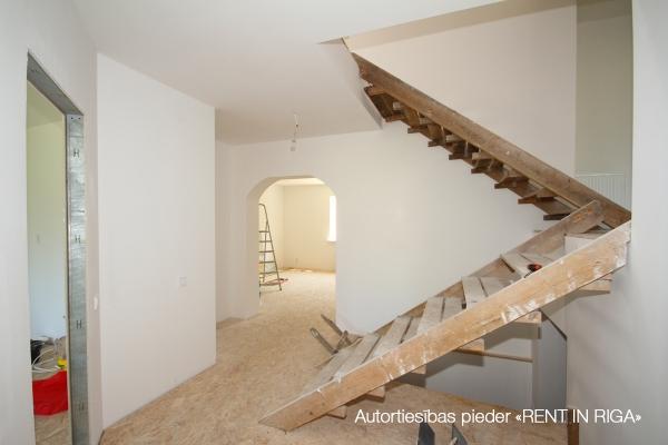 Pārdod māju, Ciedru iela - Attēls 3