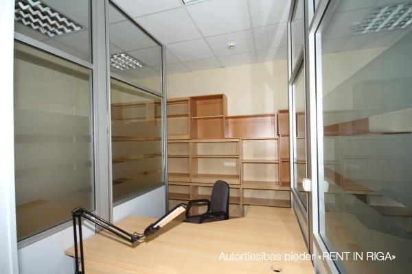 Iznomā biroju, Sporta iela - Attēls 9