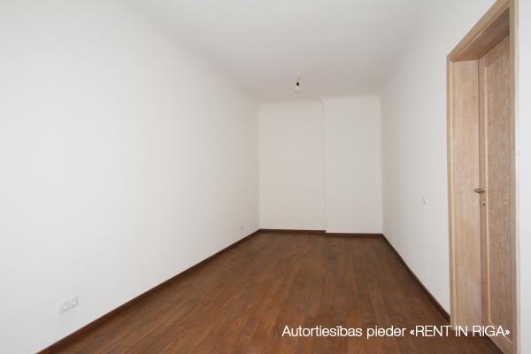 Pārdod dzīvokli, Čaka iela 36 - Attēls 8