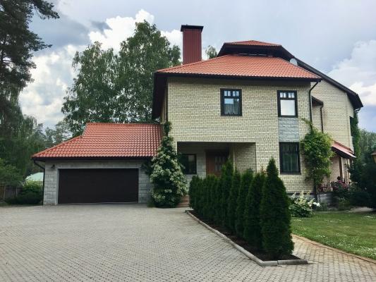 Pārdod māju, Atvaru iela - Attēls 1