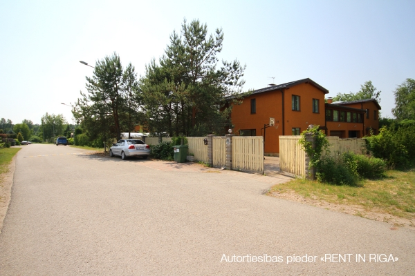 Pārdod māju, Kalna iela - Attēls 21