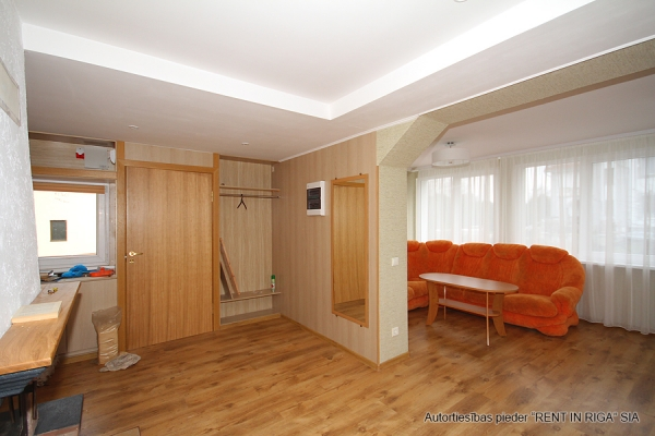 House for rent, Zemes street - Image 9