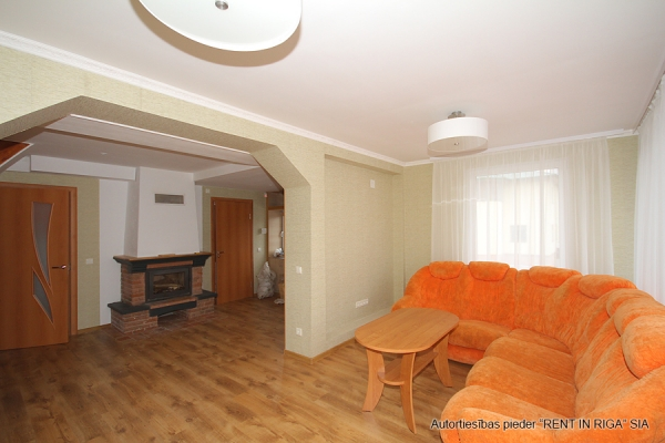 House for rent, Zemes street - Image 7