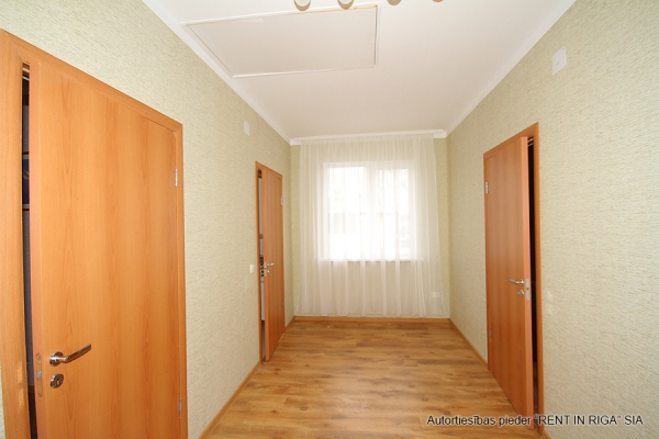 House for rent, Zemes street - Image 10
