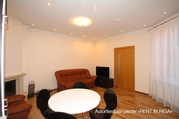 Apartment for rent, Dzirnavu street 70 - Image 5