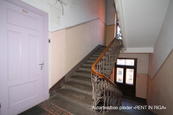 Apartment for rent, Dzirnavu street 70 - Image 9