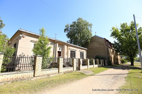 Pārdod māju, Ropažu iela - Attēls 2
