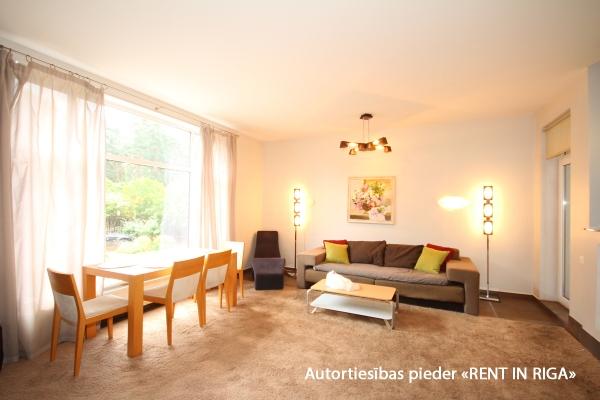 Pārdod māju, Stokholmas iela - Attēls 5