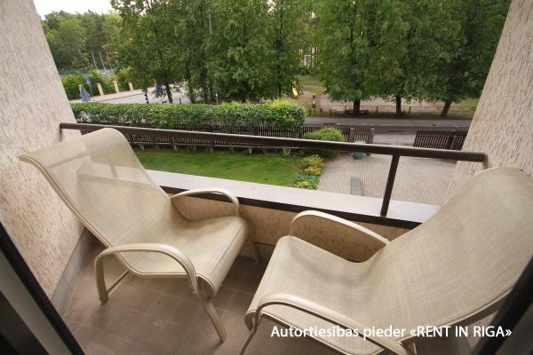 Pārdod māju, Stokholmas iela - Attēls 10