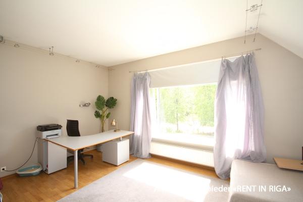 Pārdod māju, Stokholmas iela - Attēls 15