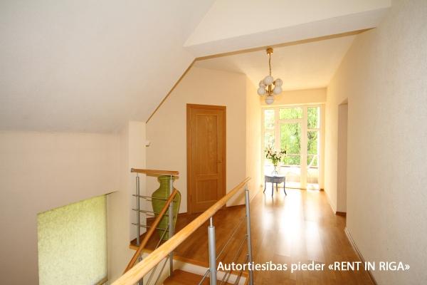 Pārdod māju, Stokholmas iela - Attēls 17