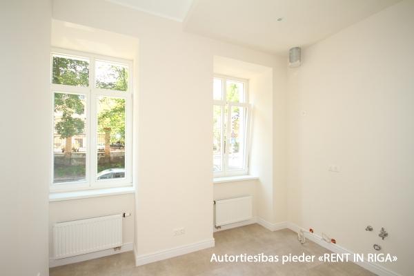 Pārdod dzīvokli, Aristida Briāna iela 4 - Attēls 2