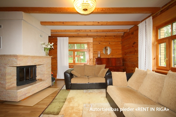 Pārdod māju, Kalnu iela - Attēls 3