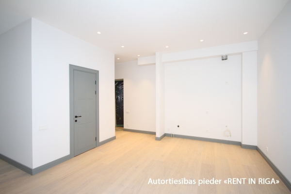 Apartment for sale, Čaka street 30 - Image 1