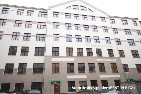 Apartment for sale, Čaka street 30 - Image 1