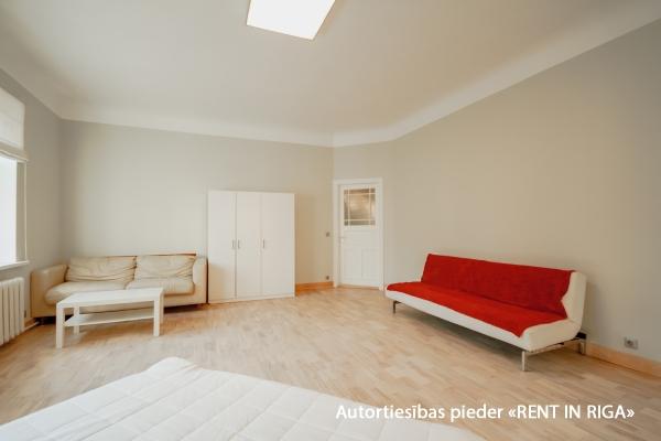 Pārdod dzīvokli, Tallinas iela 32 - Attēls 2