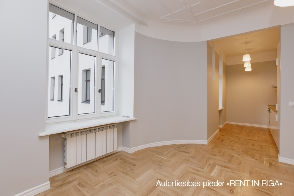 Apartment for rent, Krišjāņa Barona street 76 - Image 4