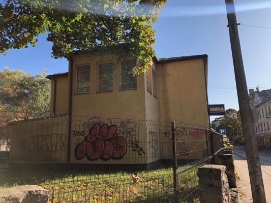 Izīrē māju, Lapu iela - Attēls 3