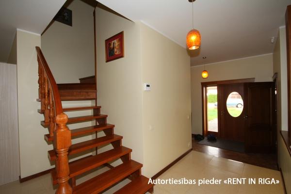 Pārdod māju, Riekstkožu iela - Attēls 23