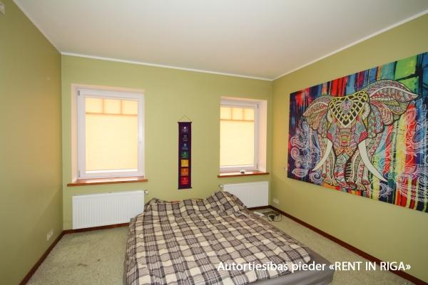 Pārdod māju, Riekstkožu iela - Attēls 27