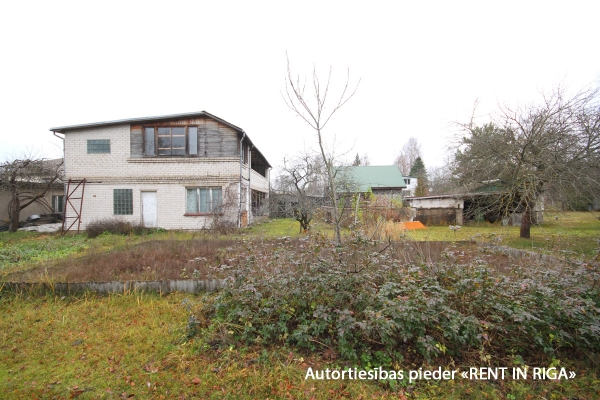 Pārdod māju, Zaļā iela - Attēls 4