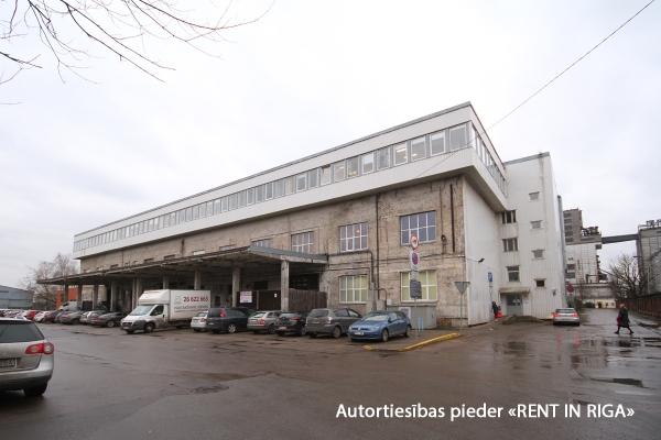 Iznomā noliktavu, Andrejostas iela - Attēls 1