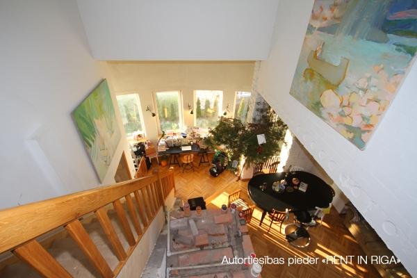 Pārdod māju, Ziedu iela - Attēls 13