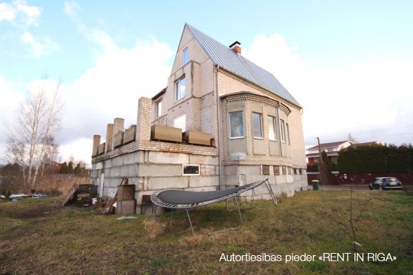 Pārdod māju, Ziedu iela - Attēls 26