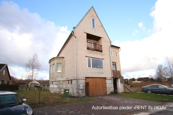 Pārdod māju, Ziedu iela - Attēls 28