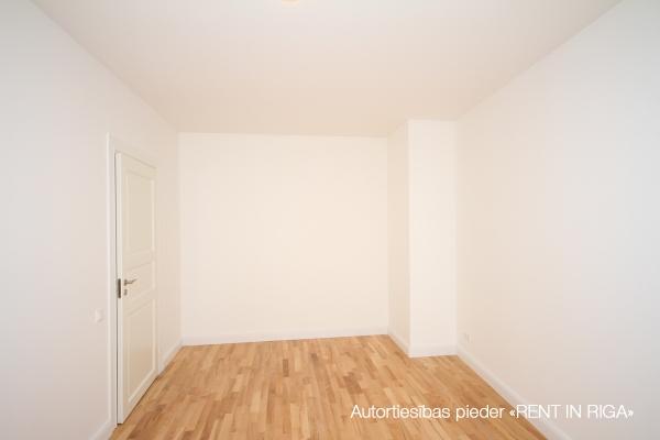 Pārdod dzīvokli, E.Birznieka Upīša iela 10A - Attēls 3