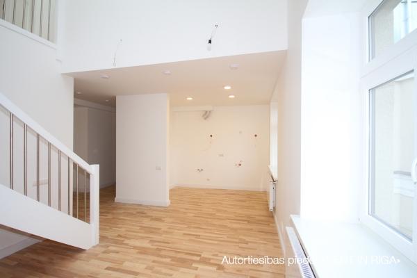 Pārdod dzīvokli, E.Birznieka Upīša iela 10A - Attēls 9