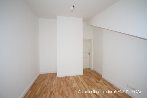 Pārdod dzīvokli, E.Birznieka Upīša iela 10A - Attēls 2