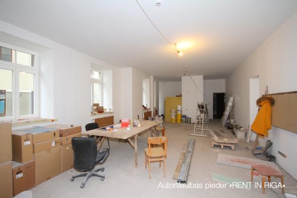 Pārdod biroju, E.Birznieka Upīša iela - Attēls 2