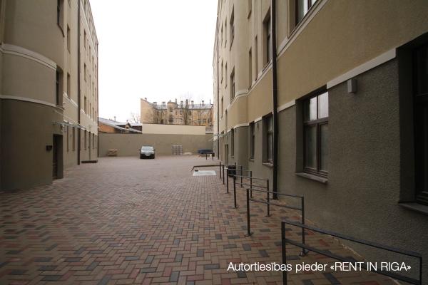 Pārdod tirdzniecības telpas, E.Birznieka Upīša iela - Attēls 12