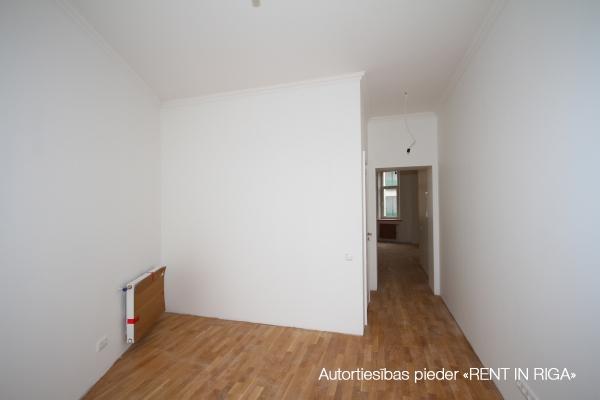 Pārdod dzīvokli, E.Birznieka Upīša iela 10 - Attēls 6