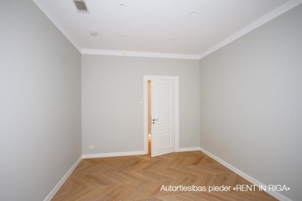 Pārdod dzīvokli, Elizabetes iela 18 - Attēls 12