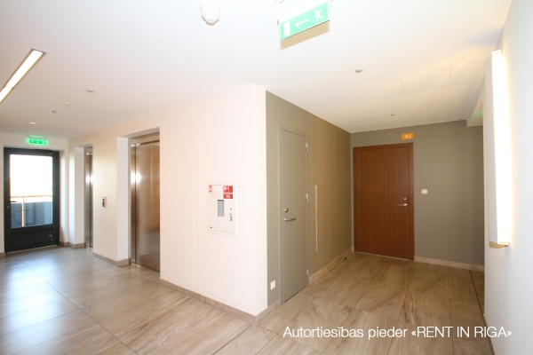 Pārdod dzīvokli, Grostonas iela 19 - Attēls 16