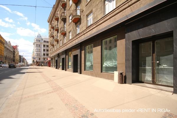 Iznomā tirdzniecības telpas, Stabu iela - Attēls 1